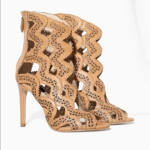 Zara Leather Laser Cut Caged Heels Nude/Tan Sz 40